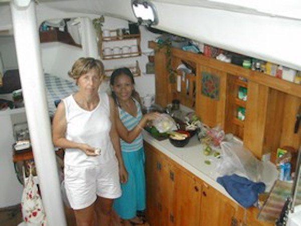 תמונת איריס במטבח הקרני