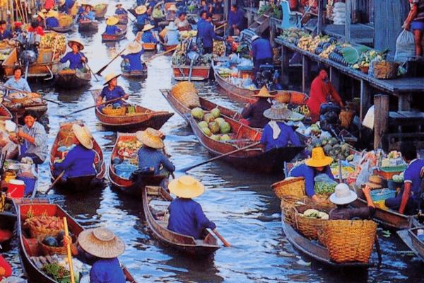 בנגקוק - תמונת השוק הצף של בנגקוק תאילנד