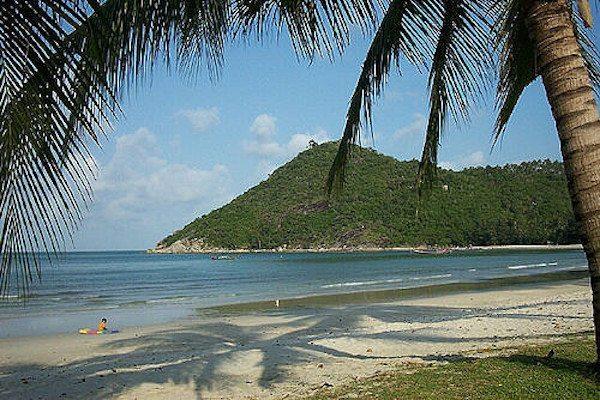 תמונת חוף שקט בצפון קופנגן