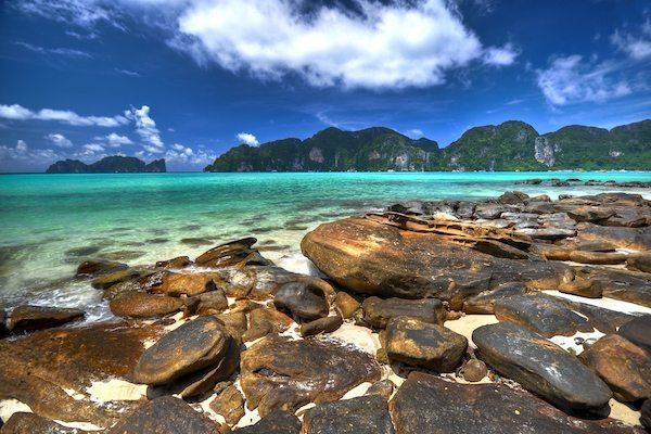 תמונת מפרץ קופיפי ביום עם מזג אויר נעים