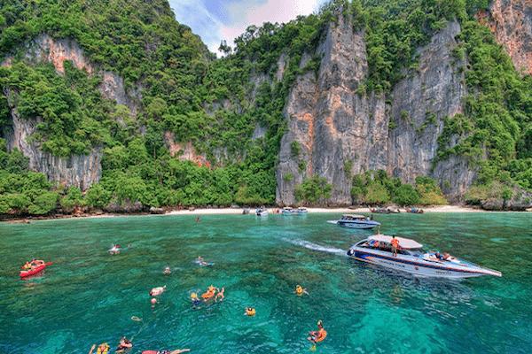 תמונת חוף הקופים אזור השחייה בטיול 7 האיים סגול אטרקציות בפוקט תאילנד