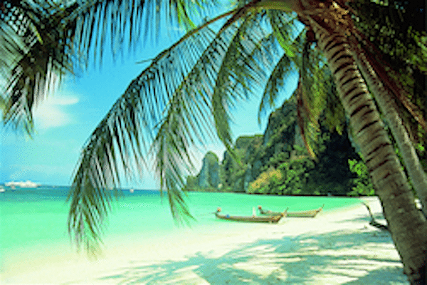 תמונת חוף עם השקט והשלווה של חופי קראבי