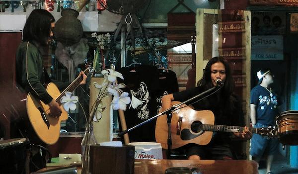 תמונה של ריילי ביץ Joys Bar
